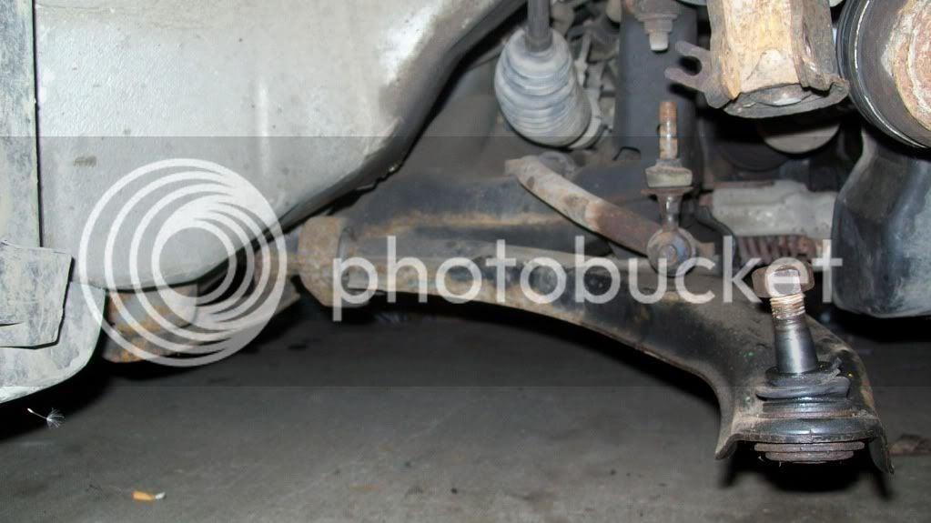 Genuiner Nissan Altima 2001 Rear Control Arm